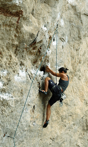 357px-Rock_climber_Phra_Nang_1